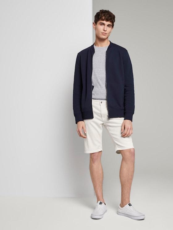Basic Jeansshorts mit Kordel-Schlüsselanhänger  - Männer - Slightly Creamy - 3 - TOM TAILOR Denim