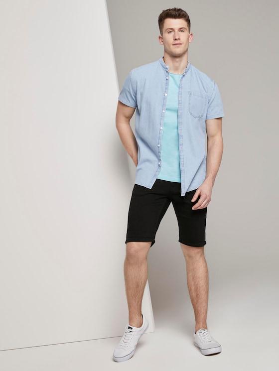 Basic Jeansshorts mit Kordel-Schlüsselanhänger  - Männer - Black - 3 - TOM TAILOR Denim