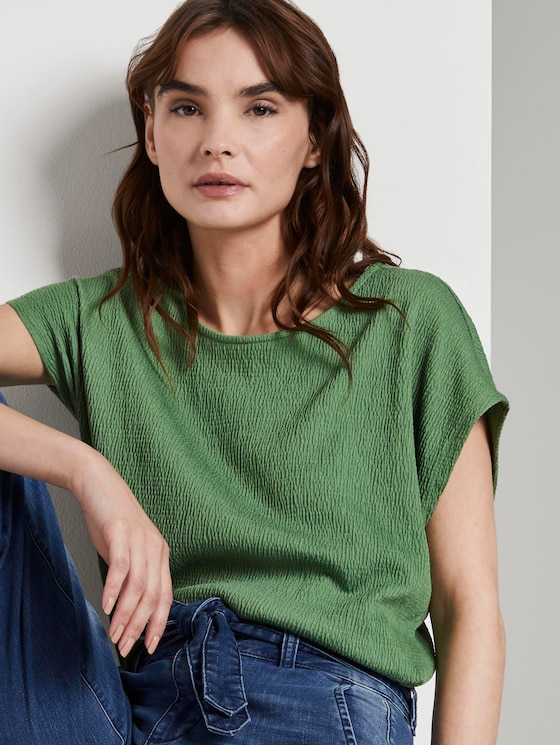 T-shirt in a crincle look - Women - sundried turf green - 5 - TOM TAILOR