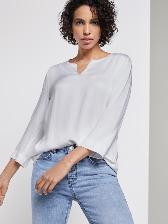 tunic blouse with a V-neckline - Women - White - 5 - Mine to five