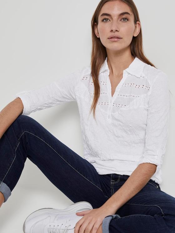 Poloshirt in Crincle-Optik mit Spitzeneinsatz - Frauen - White - 5 - TOM TAILOR