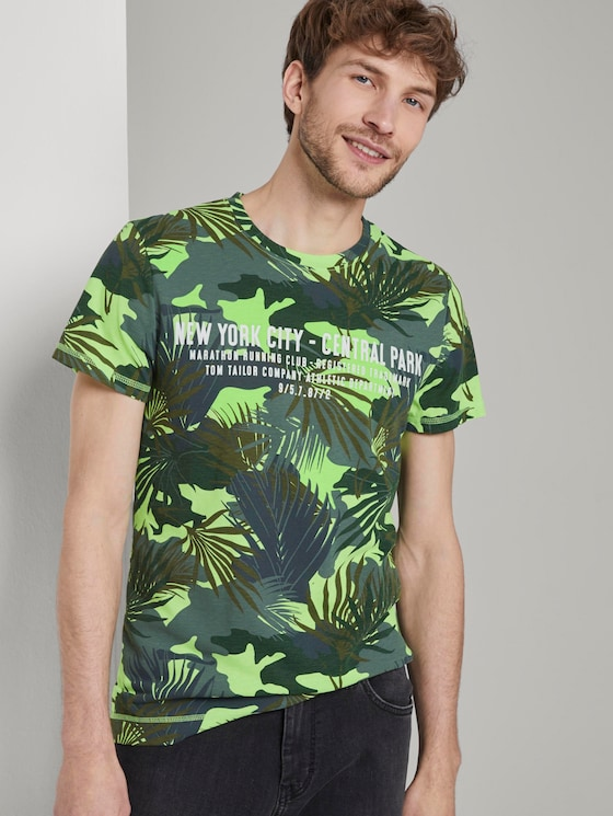 T-shirt with a tropical all-over print - Men - green leaf design - 5 - TOM TAILOR