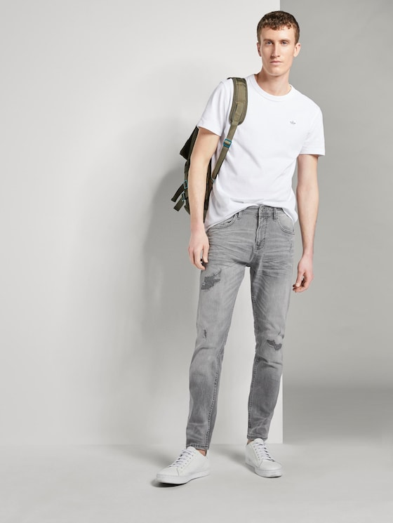 Tapered Conroy Stretch Jeans mit Destroys - Männer - destroyed mid stone grey denim - 3 - TOM TAILOR Denim
