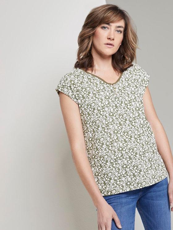 Gemustertes T-Shirt mit Henley-Ausschnitt - Frauen - khaki offwhite floral design - 5 - TOM TAILOR