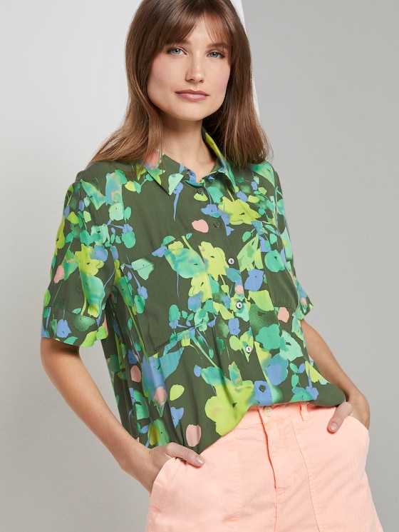 Kurzarm Hemdbluse mit floralem Print - Frauen - green flower print - 5 - TOM TAILOR Denim