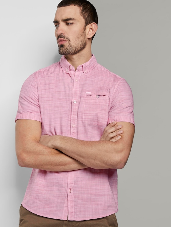 Short-sleeved shirt with a textured pattern and chest pocket - Men - pink white structure - 5 - TOM TAILOR