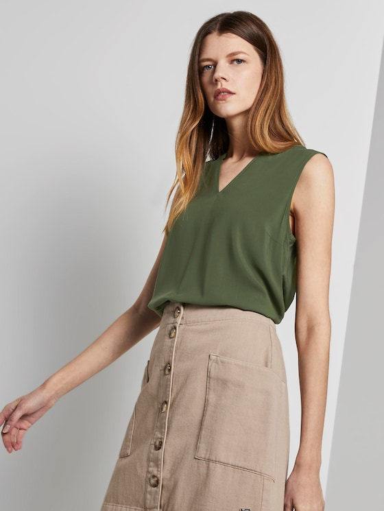 Sleeveless tunic with a Henley neckline - Women - Dusty Rifle Green - 5 - TOM TAILOR Denim