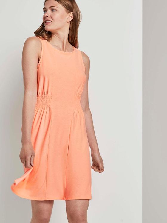 Jersey mini dress with smocking details - Women - papaya neon orange - 5 - TOM TAILOR Denim