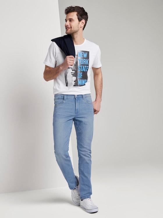 Josh Regular Slim Jeans mit versetzter Münztasche - Männer - bright blue denim - 3 - TOM TAILOR