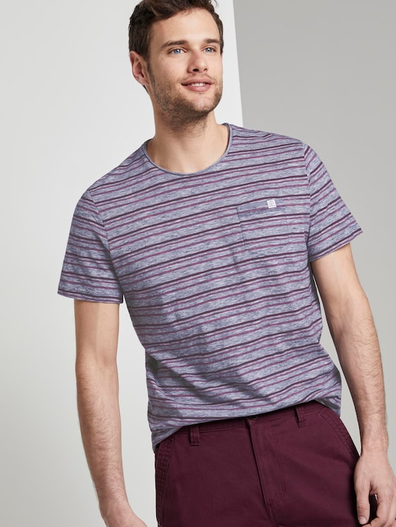 Bunt gestreiftes T-Shirt mit Brusttasche - Männer - wine rose multi fine stripe - 5 - TOM TAILOR