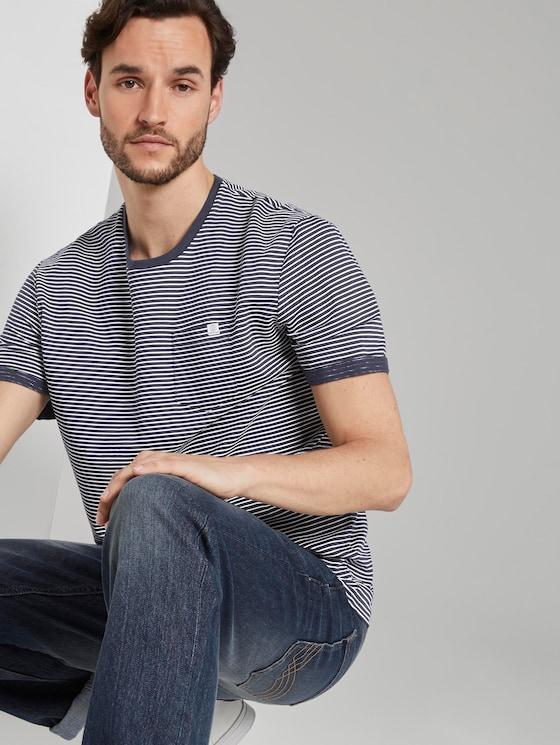 Gestreiftes T-Shirt - Männer - blue-white printed stripe - 5 - TOM TAILOR