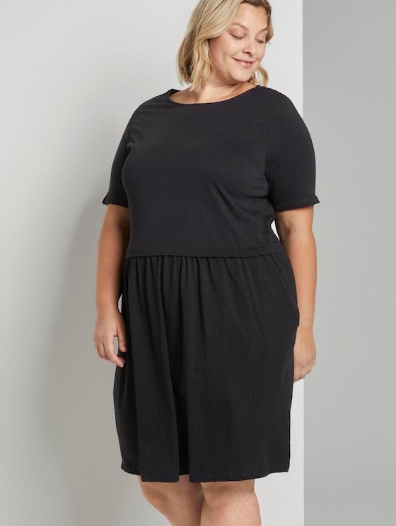 Feminine jersey dress - Women - Deep Black - 5 - My True Me