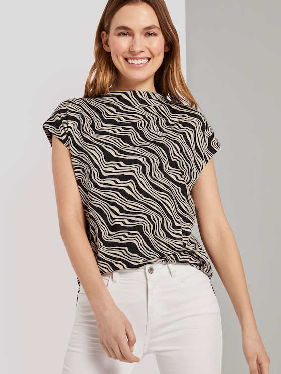 Patterned T-shirt with a stand-up collar - Women - black wavy design - 5 - TOM TAILOR