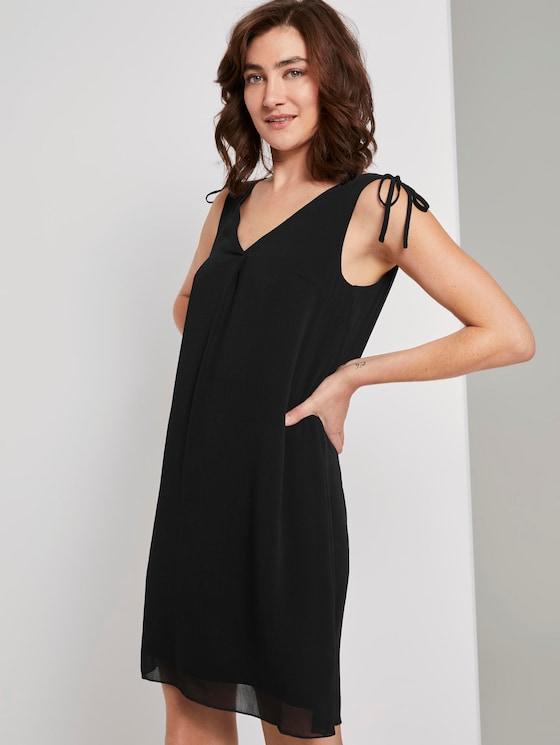 Ärmelloses Chiffon-Kleid mit Schulter-Detail - Frauen - Deep Black - 5 - TOM TAILOR