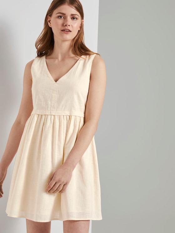 Kleid mit Knopfleiste und V-Ausschnitt - Frauen - soft creme beige - 5 - TOM TAILOR Denim
