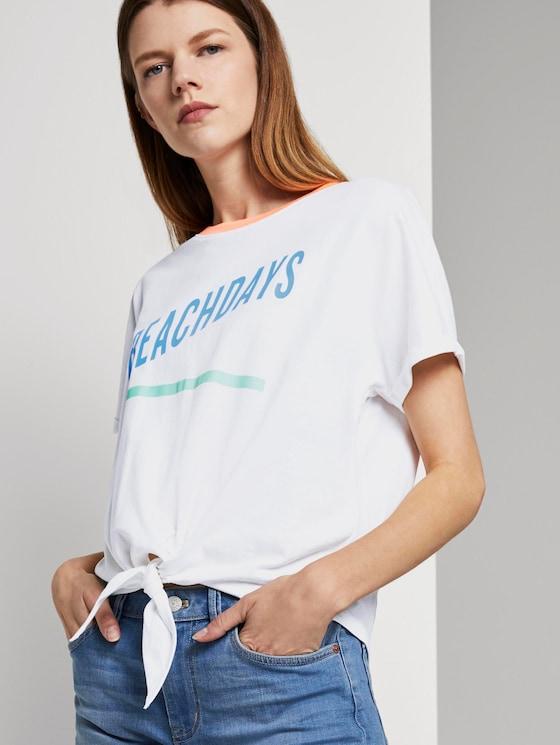 Kurzes T-Shirt mit Knotendetail und Print - Frauen - Off White - 5 - TOM TAILOR Denim