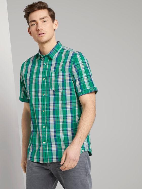 Checked short-sleeved shirt with a chest pocket - Men - green base blue check - 5 - TOM TAILOR