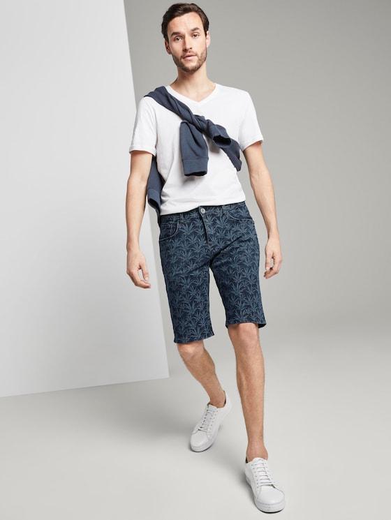 Josh Regular Jeans-Short mit tropischem Print - Männer - navy white agave design - 3 - TOM TAILOR