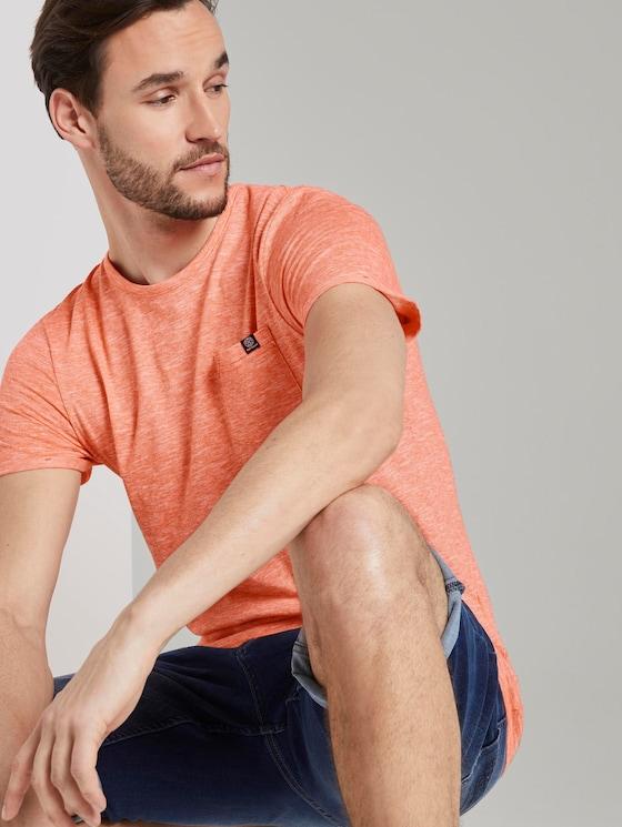 Strukturiertes T-Shirt mit Brusttasche - Männer - orange dot structure - 5 - TOM TAILOR