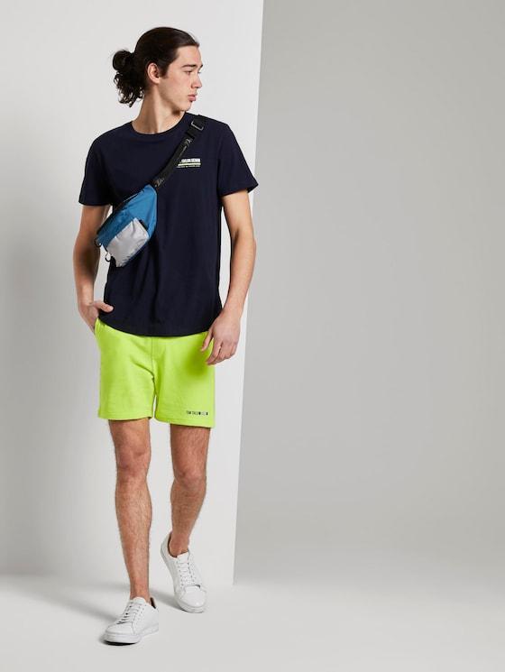 Sweat Shorts aus Baumwolle - Männer - neon green - 3 - TOM TAILOR Denim