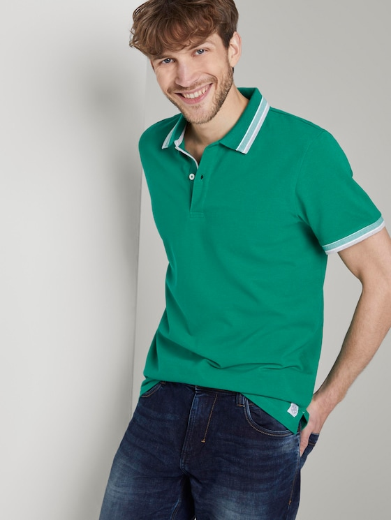 Poloshirt mit Kontrastblende - Männer - rich meadow green - 5 - TOM TAILOR