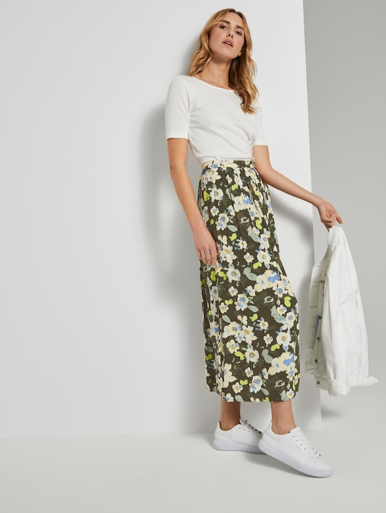 Flowing maxi skirt with a floral print - Women - khaki floral design - 3 - TOM TAILOR