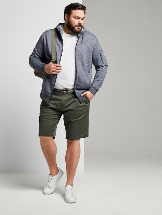 Gemusterte Bermuda-Shorts mit Gürtel - Männer - green rhomb design - 3 - Men Plus