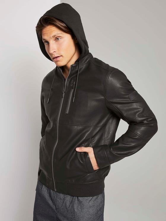 Jacke mit abnehmbarer Kapuze aus Lederimitat - Männer - Black - 5 - TOM TAILOR Denim
