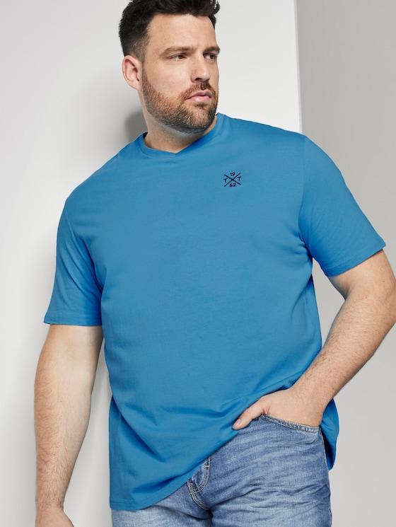 Schlichtes T-Shirt mit V-Ausschnitt - Männer - soft cloud blue - 5 - Men Plus