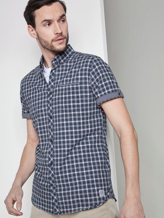 Gemustertes Kurzarmhemd mit Brusttasche - Männer - blue grey greyshade check - 5 - TOM TAILOR
