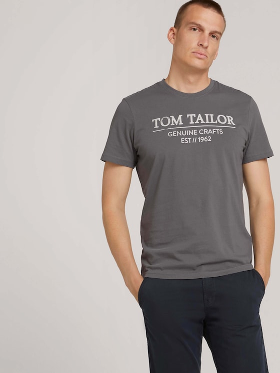 T-Shirt with a logo print - Men - Quiet Mid Grey - 5 - TOM TAILOR