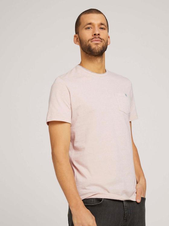 Fein gestreiftes T-Shirt mit Brusttasche - Männer - sandy beige fine stripe - 5 - TOM TAILOR