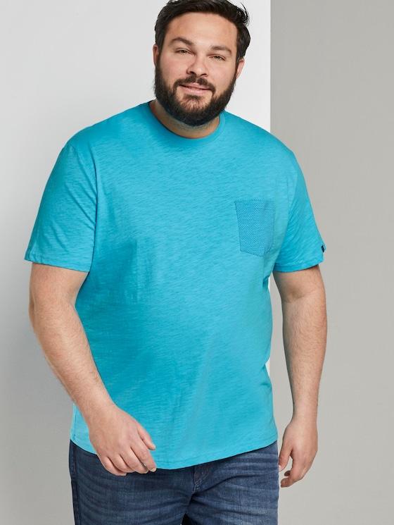 T-Shirt mit gemusterter Brusttasche - Männer - clear blue atoll - 5 - Men Plus