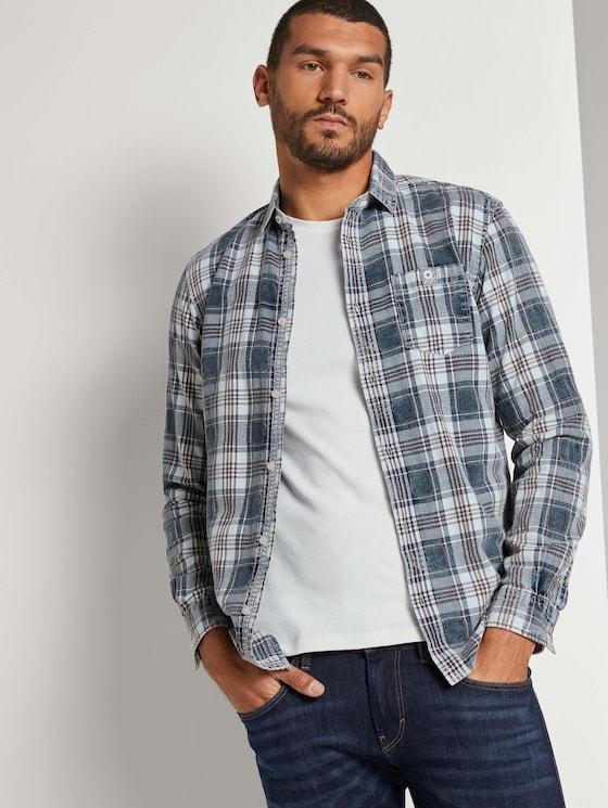 Kariertes Hemd mit Brusttasche - Männer - indigo washed check - 5 - TOM TAILOR