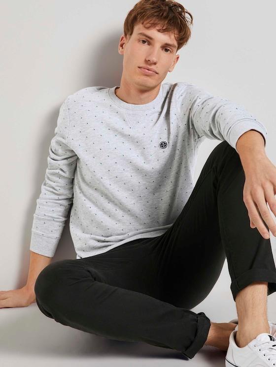 Gemustertes Sweatshirt - Männer - grey triangle stripe print - 5 - TOM TAILOR Denim