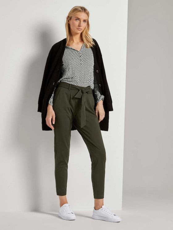 Loose Fit Hose mit Bindegürtel - Frauen - Dark Rosin Green - 3 - TOM TAILOR
