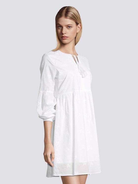 Sommerliches Kleid mit Tasseln - Frauen - White - 5 - TOM TAILOR Denim
