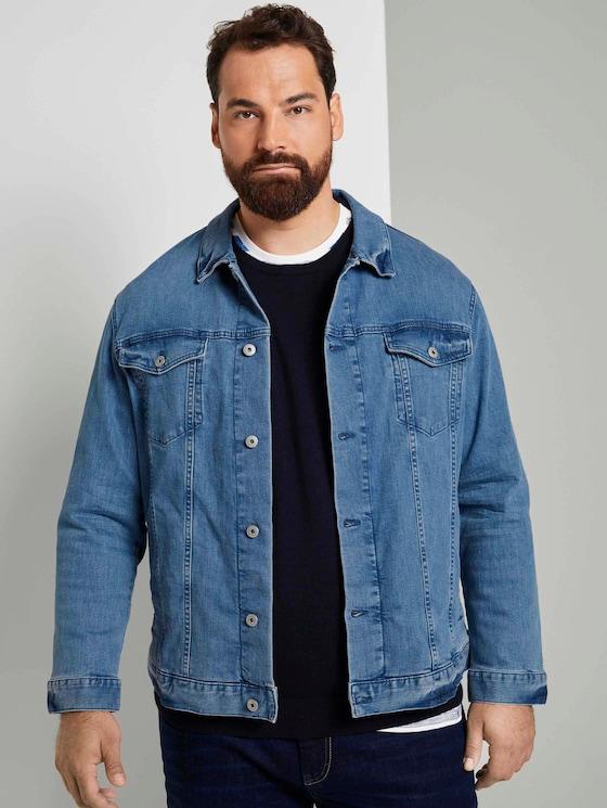 Trucker denim jacket in a distressed look - Men - light stone wash denim - 5 - Men Plus