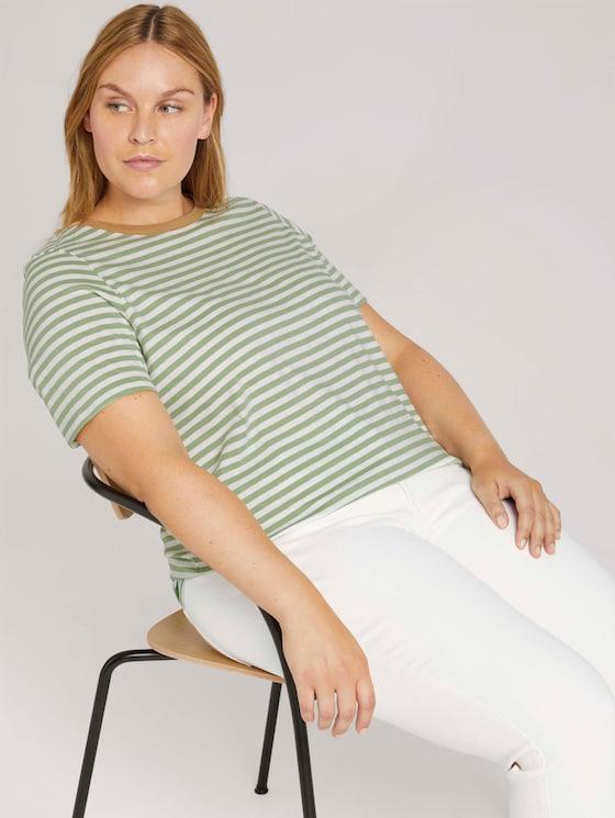 Striped t-shirt - Women - mint green white stripe - 5 - My True Me