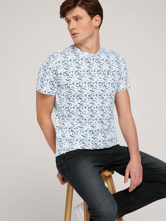 gemustertes T-Shirt mit Bio-Baumwolle  - Männer - white base blue shades design - 5 - TOM TAILOR