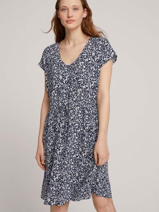Mini-Kleid mit LENZING™ ECOVERO™ und Rückendetail - Frauen - blue flower print - 5 - TOM TAILOR Denim