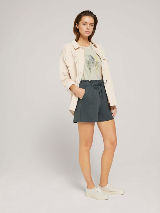 Relaxed Shorts mit recyceltem Polyester - Frauen - dusty pine green - 3 - TOM TAILOR Denim