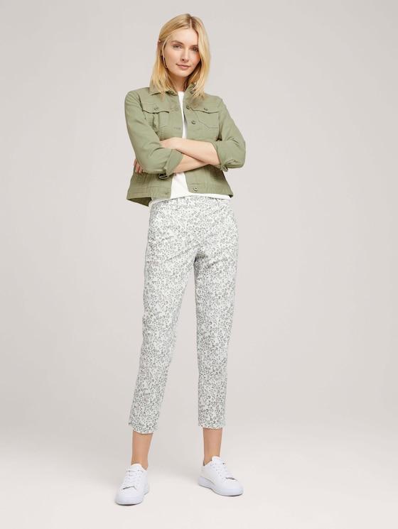 Mia Slim Stoffhose mit Blumenmuster - Frauen - offwhite green flower design - 3 - TOM TAILOR
