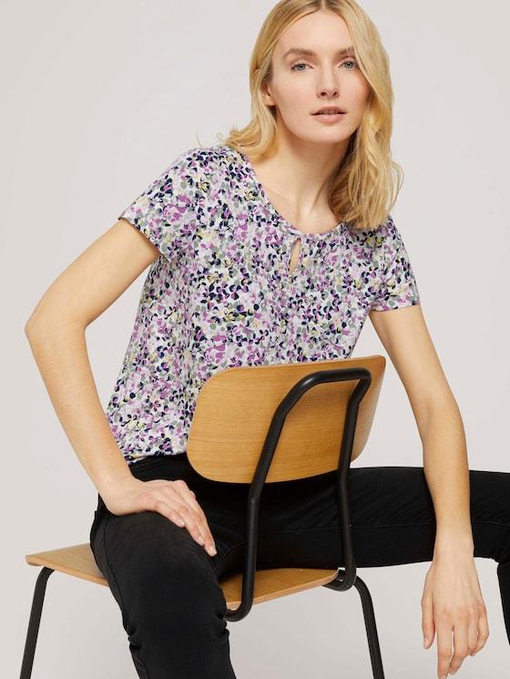 Gemustertes T-Shirt mit LENZING™ ECOVERO™ und elastischem Bund - Frauen - offwhite floral design - 5 - TOM TAILOR