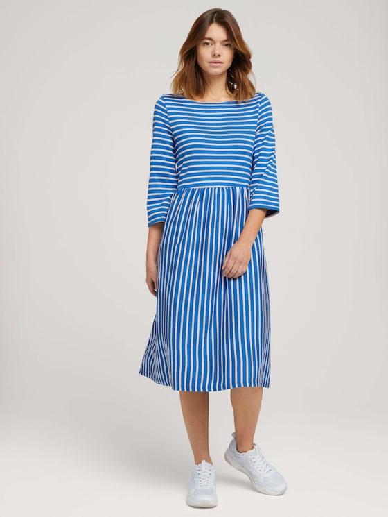 Gestreiftes Jerseykleid - Frauen - mid blue small white stripe - 5 - TOM TAILOR Denim