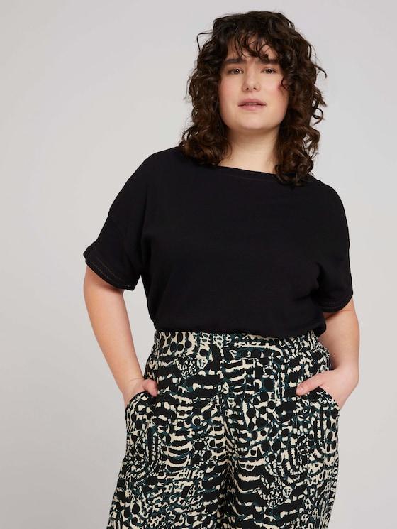 Curvy - T-Shirt mit Bio-Baumwolle - Frauen - deep black - 5 - My True Me