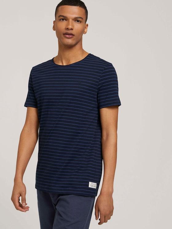 gestreiftes T-Shirt mit Bio-Baumwolle - Männer - navy blue tonal stripe - 5 - TOM TAILOR Denim