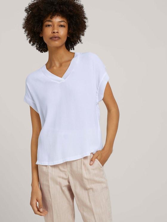 Fließendes T-Shirt mit V-Ausschnitt - Frauen - White - 5 - Mine to five