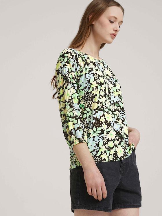 Gemustertes Shirt mit Ballonärmeln - Frauen - flower print - 5 - TOM TAILOR Denim