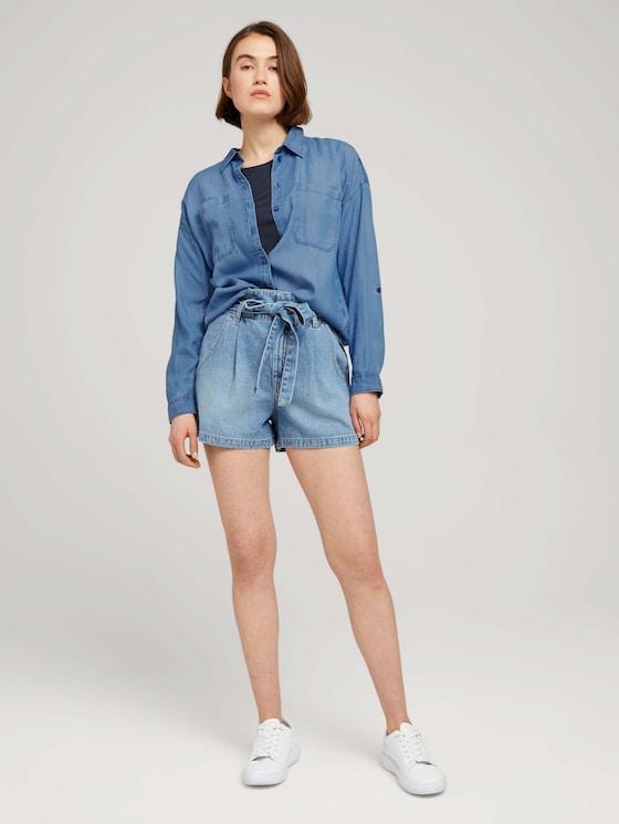 Paperbag Jeansshorts mit Gürtel - Frauen - Used Light Stone Blue Denim - 3 - TOM TAILOR Denim